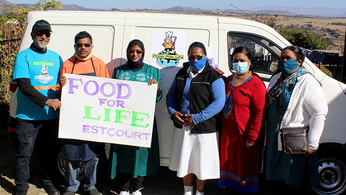 The Estcourt team with Sister Beata Msomi from Ithembalethu Outreach Project